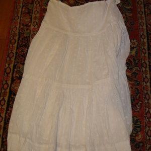 RalphLauren white eyelit cotton skirt, size 12 new